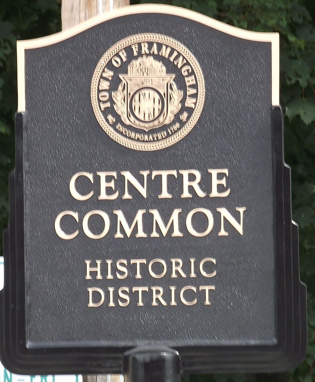Centre Common Sign